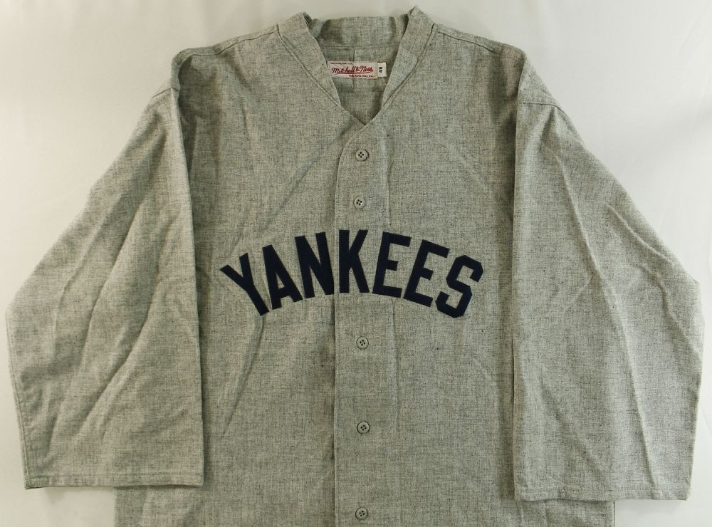 new products 3a5aa f84f9 Babe Ruth Unsigned Yankees Mitchell & Ness Jersey