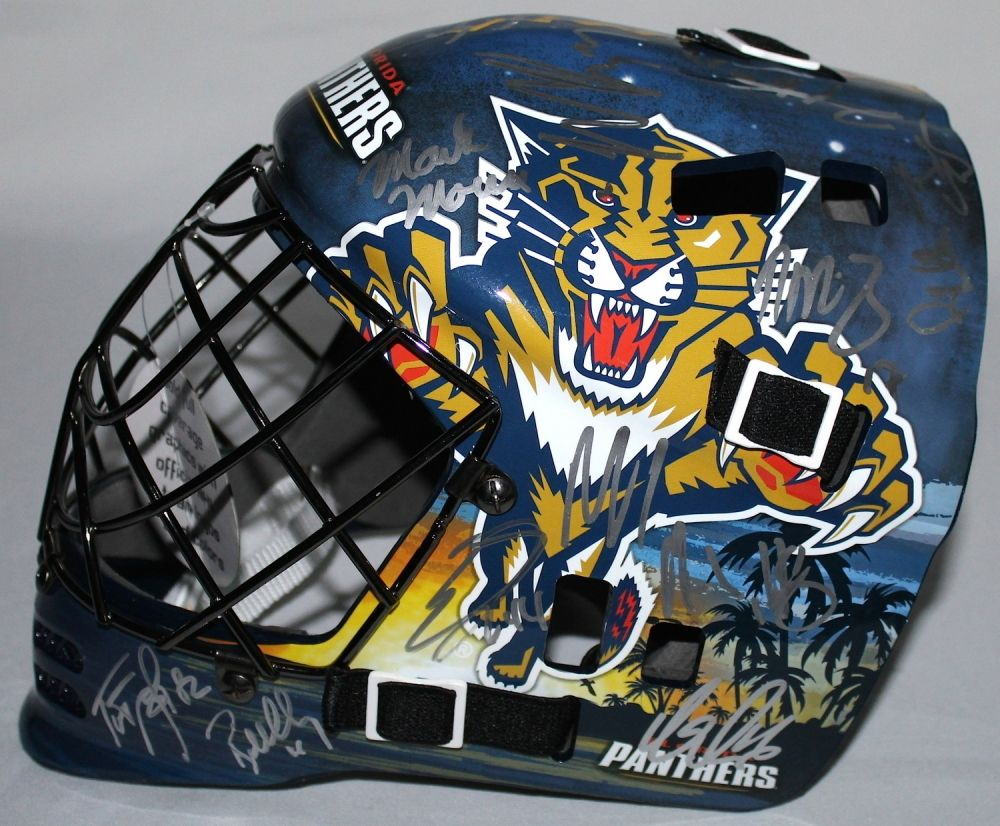 Florida Panthers Team Goalie Mask Signed By 25 With Roberto Luongo
