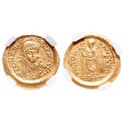 Eastern Roman Empire. AV Solidus. AD 474-491. NGC Mint State; Strike: 5/5, Surface: 5/5.