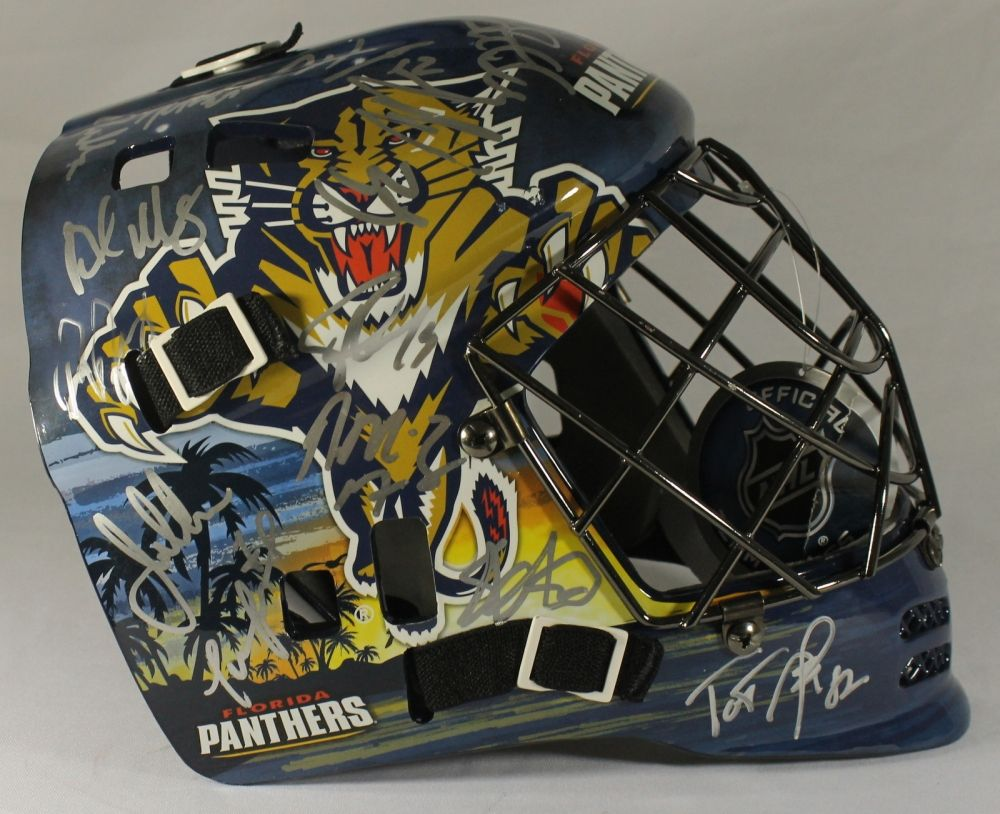 Florida Panthers Team Goalie Mask Signed By 26 With Roberto