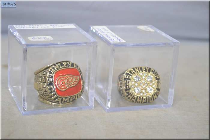 the latest 10255 02e0f Two replica championship rings including 1997 Detroit Red ...