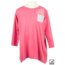 Hero Pink Shirt worn by Annie as portrayed by Quvenzhané Wallis in Annie