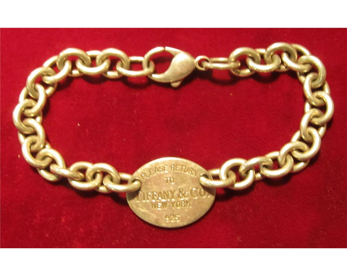 cad33f5d4 Loading zoom · Image 1 : 815. Tiffany & Co. silver bracelet, oval tag is  engraved ...