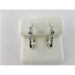 176-17925:14K white gold diamond earrings