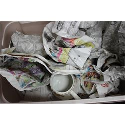 "TOTE OF ""COTTAGE ROSE"" DINNERWARE DISHES INCLUDES"