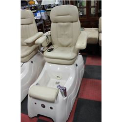 WHITE LEATHER FOOT SPA MASSAGE CHAIR
