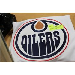 NEW EDMONTON OILERS JERSEY SIZE:ADULT LARGE