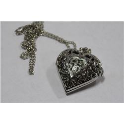 SILVERPLATED HEARTS POCKET WATCH