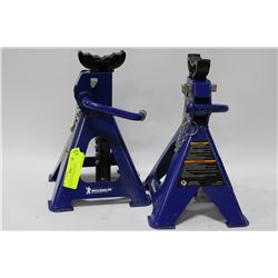 MICHELIN TRUCK  AXLE STANDS