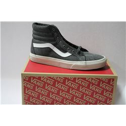 NEW VANS SHOES MENS SIZE 8.5