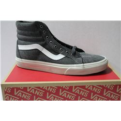 NEW VANS SHOES MENS SIZE 7.5