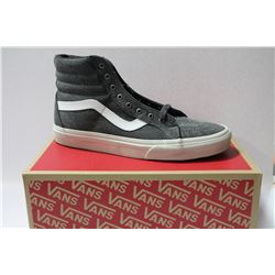 NEW VANS SHOES MENS SIZE 10.5