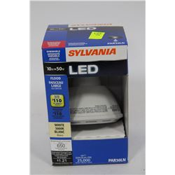 SYLVANIA 10 WATT=50 WATT LED FLOOD LIGHT