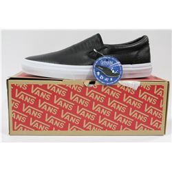 PAIR OF NEW VANS SHOES MENS SIZE 10