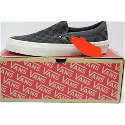 PAIR OF NEW VANS SHOES MENS SIZE 9