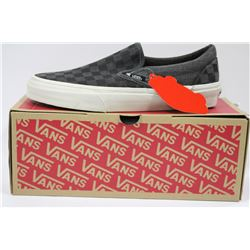 PAIR OF NEW VANS SHOES MENS SIZE 11
