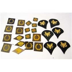LOT OF US ARMY PATCHES