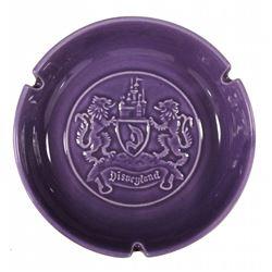 Disneyland (4) souvenir ceramic ashtrays.