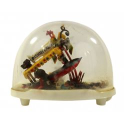 VINTAGE JUNGLE CRUISE SNOW GLOBE.