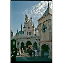 COLLECTION OF (49) AMATEUR COLOR SLIDES FROM DISNEYLAND CIRCA 1960s