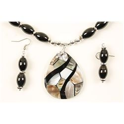 Onyx Beaded Necklace with Abalone Shell