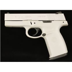Smith & Wesson SW9V Cal; 9mm SN; PAV3727