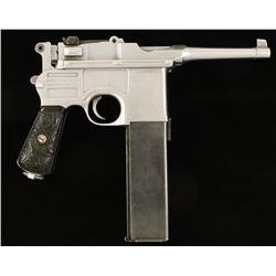 Mauser C96 Bolo Cal: .30 Mauser SN; 647913