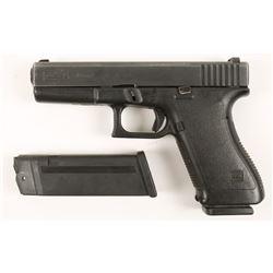 Glock 21 Cal: .45ACP SN:AAZ906 US