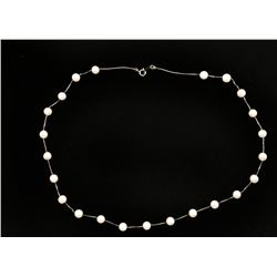 Fashionable Tin Cup Pearl Necklace.