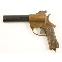 International Company Flare/Signal Gun.