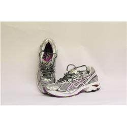 ASICS WOMENS SIZE 7 RUNNING SHOES