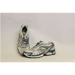 SAUCONY PARAMOUNT3 WOMENS SIZE 7 RUNNING SHOES