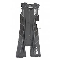 2XU LONG DISTANCE TRI SUIT SIZE MEDIUM
