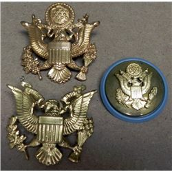 3 U.S. OFFICER'S & ENLISTED VISOR CAP INSIGNIA