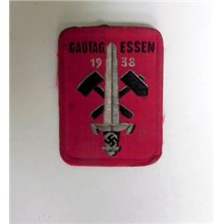 RARE 1938 GAU TAG ESSEN BADGE WITH HAMMERS, SWORD