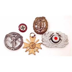 LOT OF 5 GERMAN NAZI PINS AND BADGES