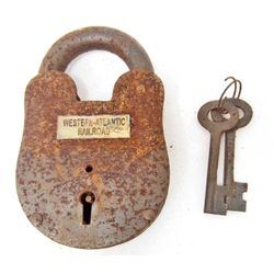 CAST IRON PADLOCK W/ WESTERN - ALANTIC RAILROAD TAG & KEYS