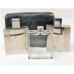 VINTAGE ART DECO LIQUOR FLASK SET IN CASE