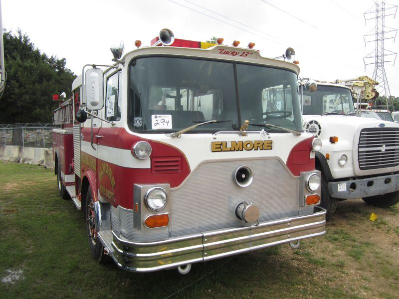1977 MACK CF686F PUMPER FIRE TRUCK, S/N CF686F1202, 285HP MACK DIESEL ENG,  5 SPD MACK TRANS, 21,200K