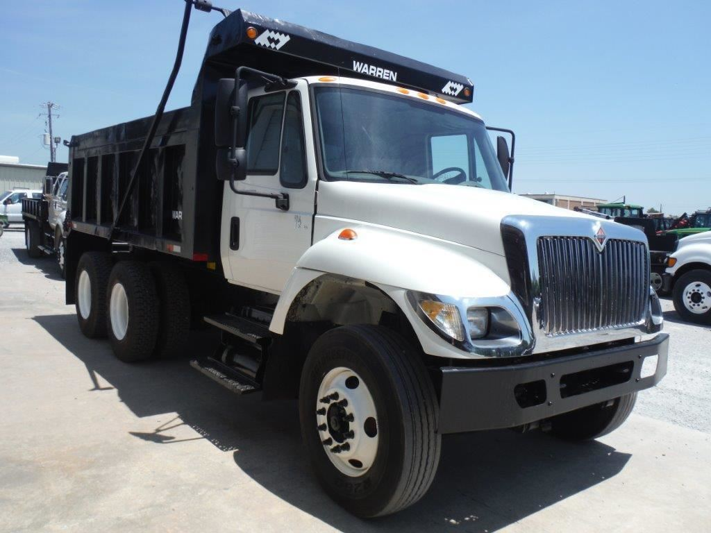 2006 INTERNATIONAL 7400 T/A DUMP TRUCK, S/N 1HTWHAAR16J392062, 7 6L  INTERNATIONAL DIESEL ENGINE, ALL