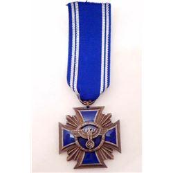 NAZI GERMAN ENAMELED NSDAP 15 YEAR SERVICE CROSS MEDAL WITH RIBBON
