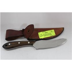 GROHMANN #100 STAINLESS SKINNING KNIFE IN LEATHER
