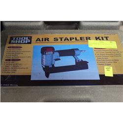 TOOLSHOP AIR STAPLER KIT IN BOX
