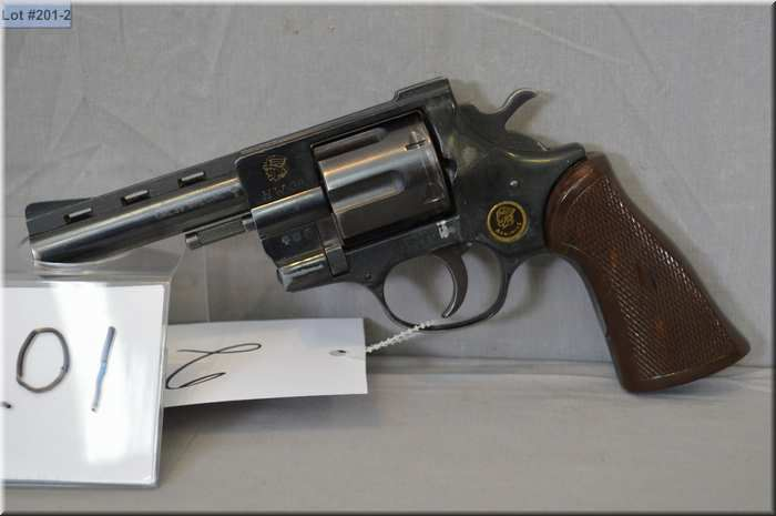 Arminius Mod HW 38  38 Spec cal 6 shot Revolver w/ 102 mm bbl