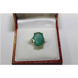 #3 14KT GOLD EMERALD 4.2CT RING SIZE 6.25