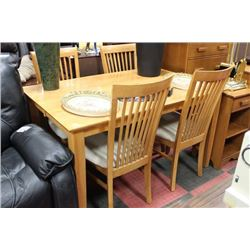 SOLID MAPLE DINING SET WITH 4 CHAIRS PLUS LEAF
