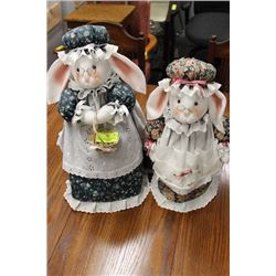 PAIR OF SEWING CUSHION MOUSE ORNAMENTS USED FOR