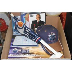 HOCKEY COLLECTABLES INCL OILERS CRIBBAGE BOARD ETC