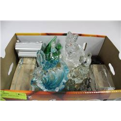FLAT OF CRYSTAL AND GLASS ORNAMENTS