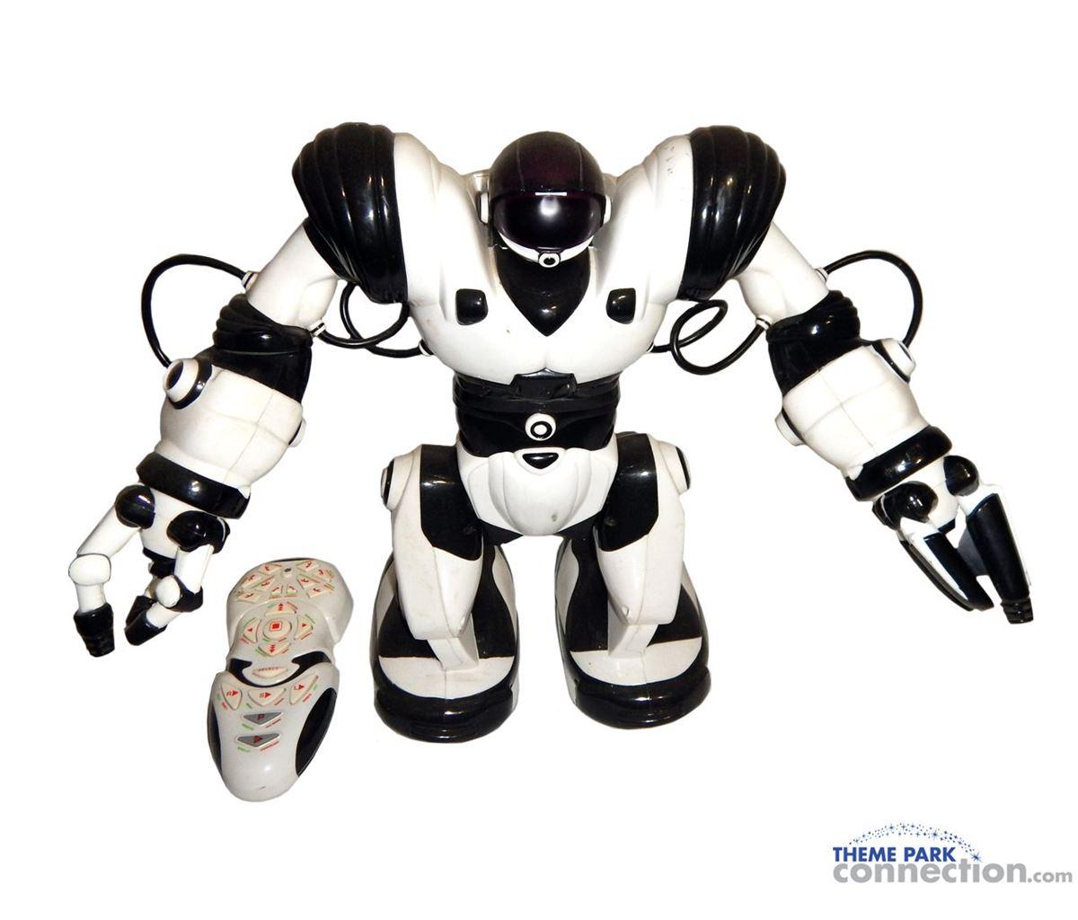Paul Blart Mall Cop 2009 Movie Kevin James Screen Used Wowwee Robosapien Prop Robot